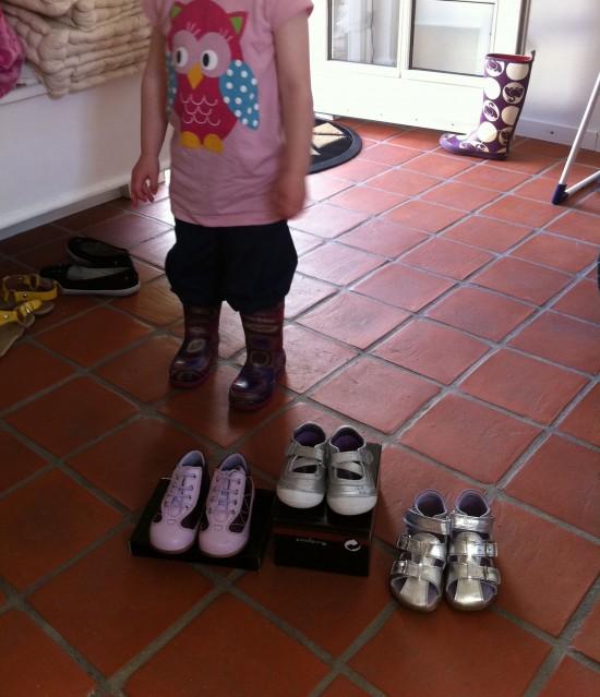 3da78bc285a2 Udsalg hos Sanita med Bundgaard sko